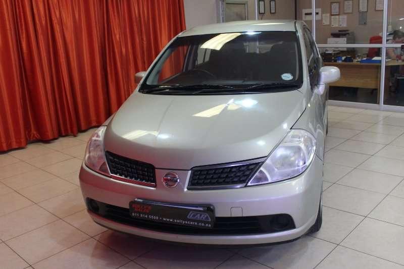 Nissan Tiida hatch 1.6 Visia+ 2008