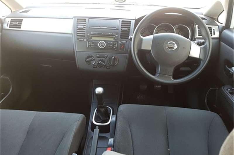 Nissan Tiida hatch 1.6 Visia+ 2013