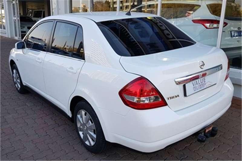 Nissan Tiida sedan 1.6 Visia+ 2013