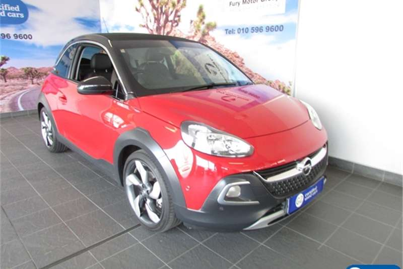 Opel Adam Rocks 1.0T 2015
