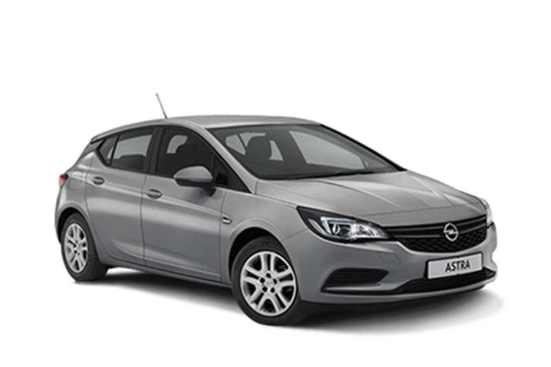 Opel Astra hatch 1.0T Essentia 2017