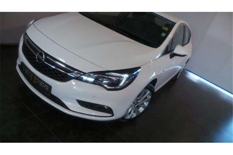 Opel Astra hatch 1.4T Enjoy auto 2017