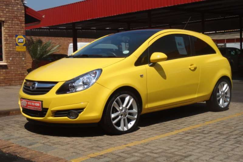 2011 opel corsa 1 4 colour edition hatchback fwd cars for sale in gauteng r 115 900 on. Black Bedroom Furniture Sets. Home Design Ideas