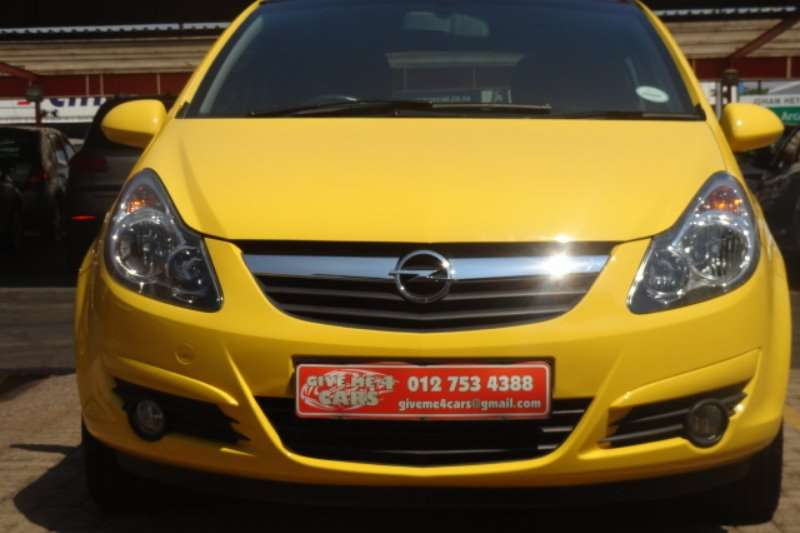 2011 opel corsa 1 4 colour edition hatchback fwd cars. Black Bedroom Furniture Sets. Home Design Ideas