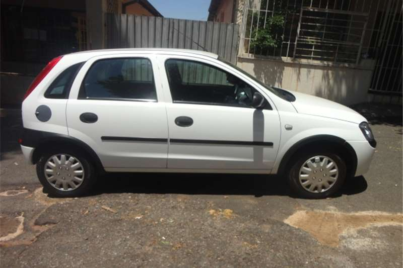 2005 opel corsa 1 4 comfort cars for sale in gauteng r 63 000 on auto mart. Black Bedroom Furniture Sets. Home Design Ideas
