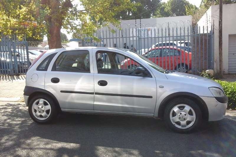 2005 opel corsa 1 4 sport hatchback fwd cars for sale. Black Bedroom Furniture Sets. Home Design Ideas
