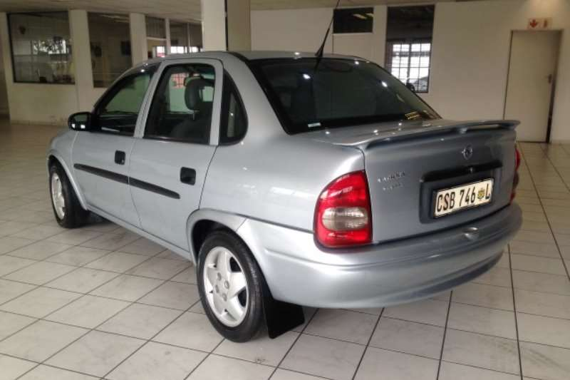 Opel Corsa 1.6i Classic A/C 2001