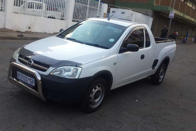 2008 opel corsa utility 1 4 club single cab bakkie fwd cars for sale in gauteng r 68 000. Black Bedroom Furniture Sets. Home Design Ideas