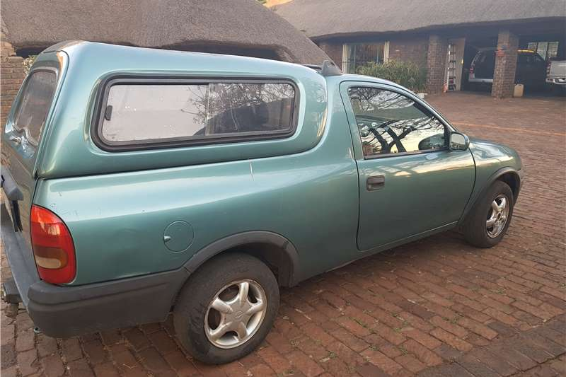 1997 opel corsa utility 1 6 sport cars for sale in gauteng. Black Bedroom Furniture Sets. Home Design Ideas