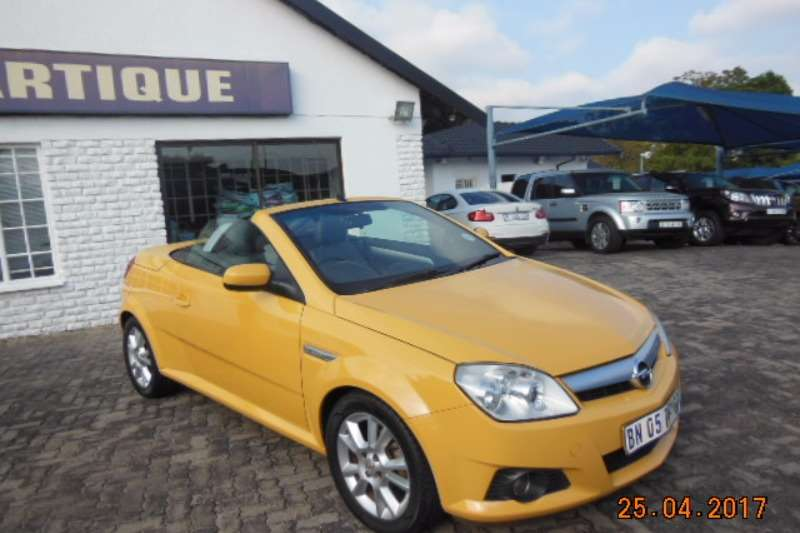 2008 opel tigra 1 8 sport convertible fwd cars for sale in gauteng r 109 999 on auto mart. Black Bedroom Furniture Sets. Home Design Ideas