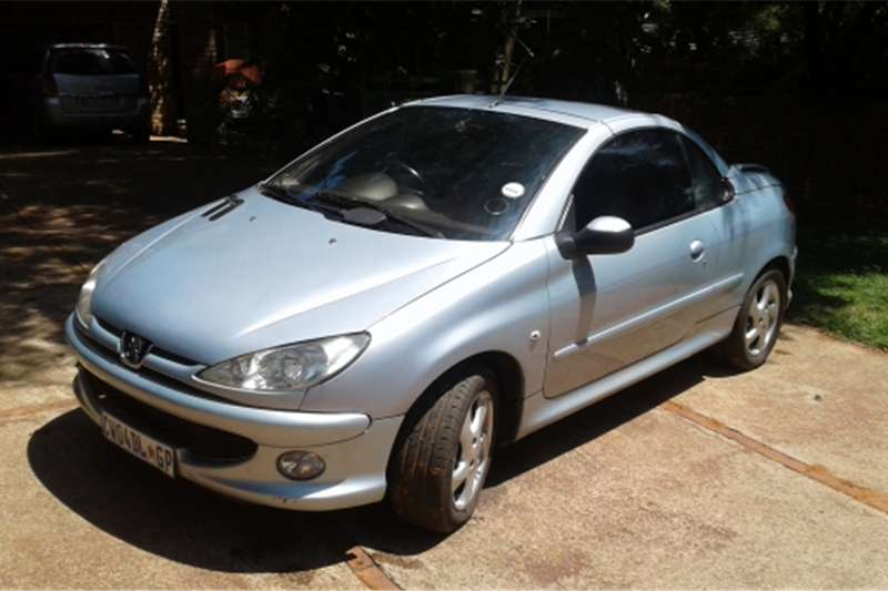 2006 peugeot 206 cc 1 6 convertable coupe for sale cars for sale in gauteng r 62 000 on auto mart. Black Bedroom Furniture Sets. Home Design Ideas