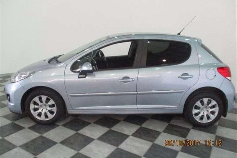 Peugeot 207 1.4 Active 2011