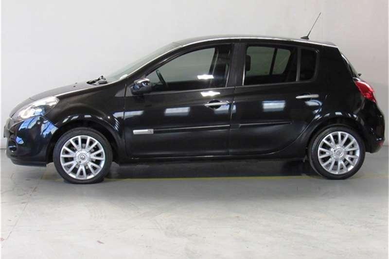 Renault Clio 1.6 Dynamique 5 door 2009