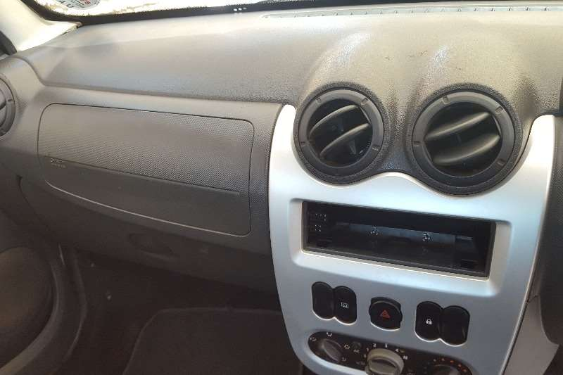 Renault Sandero 1.6 Dynamique 2011