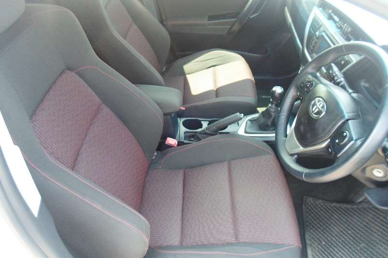Toyota Auris 1.6 XR 2015