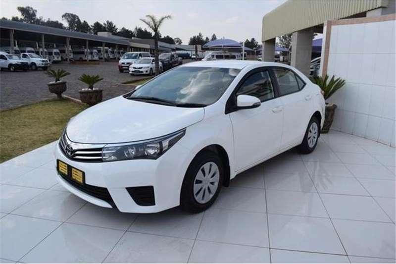 Toyota Corolla 1.3 Esteem 2015