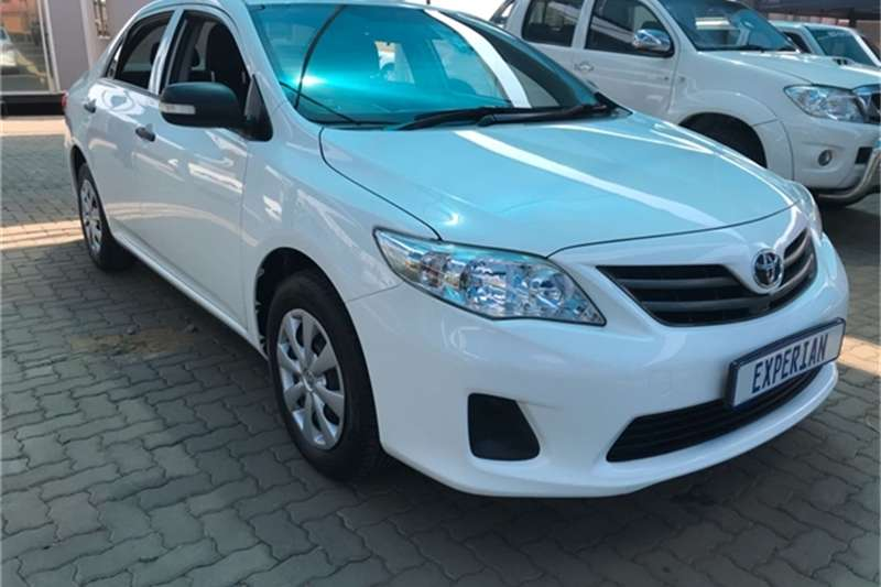 Toyota Corolla 1.3 Impact 2014