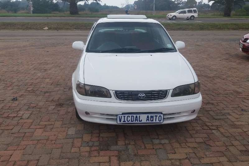 2000 toyota corolla 1 6 sprinter sedan petrol fwd manual cars for sale in gauteng r 60. Black Bedroom Furniture Sets. Home Design Ideas