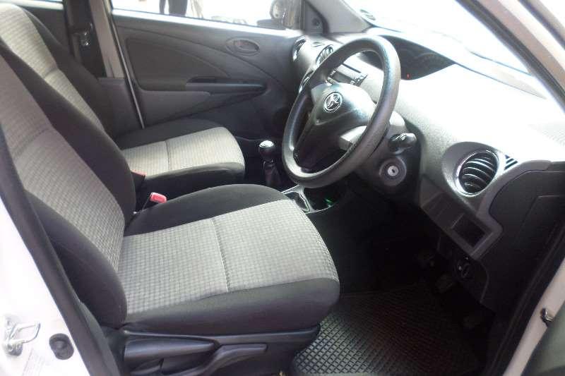 Toyota Etios hatch 1.5 Xs Sport 2013
