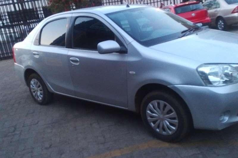 Toyota Etios sedan 1.5 Xi 2012