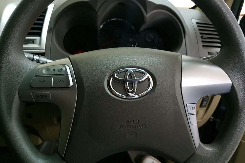 Toyota Fortuner 2.5D 4D auto 2013