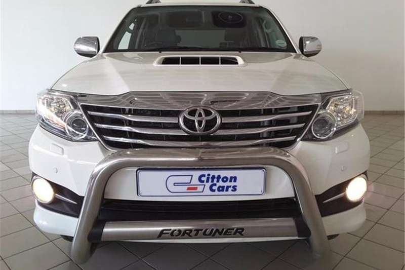 2015 Toyota Fortuner 3 0D 4D auto Crossover SUV RWD Cars for