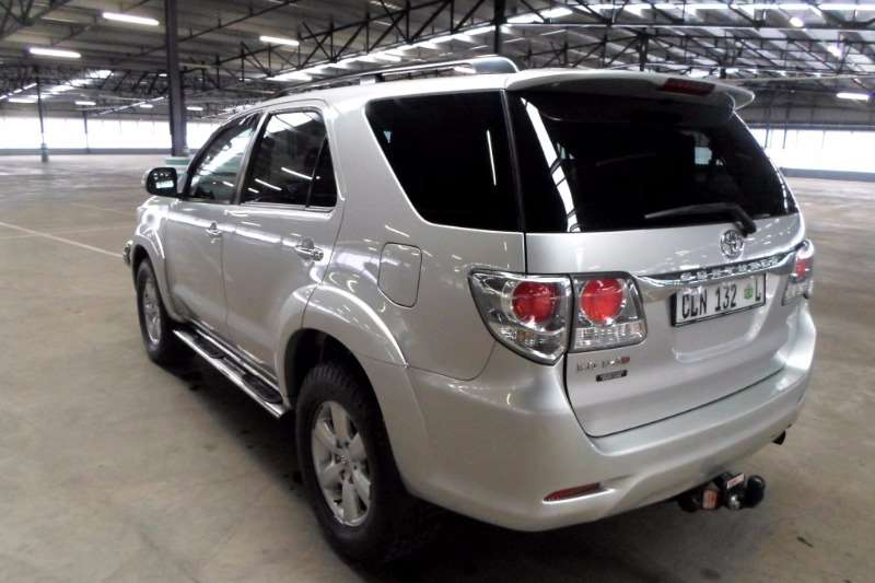 Toyota Fortuner 3.0D 4D Heritage Edition automatic 2012