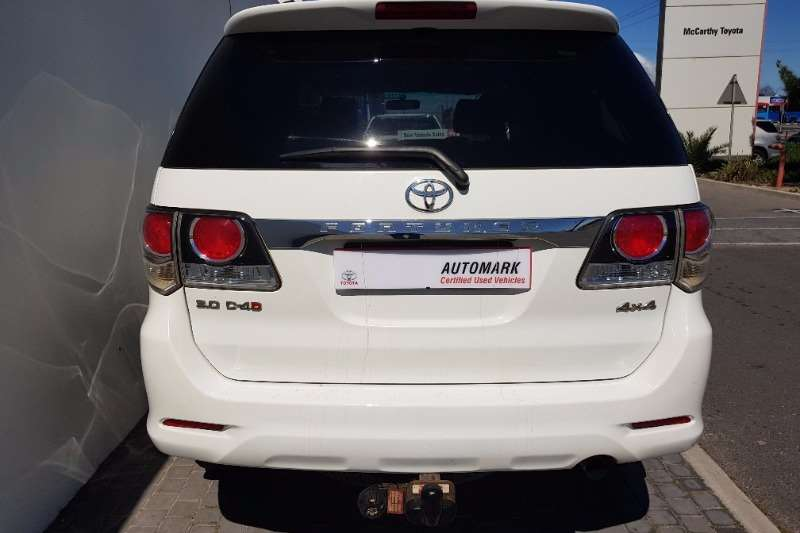 Toyota Fortuner Fortuner 3.0D-4D 4X4 A/T 2015