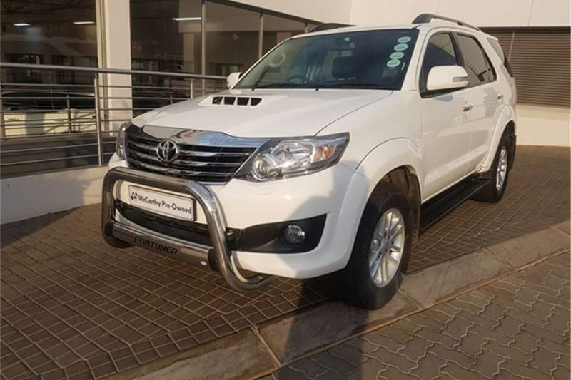Toyota Fortuner Fortuner 3.0D-4D auto 2014