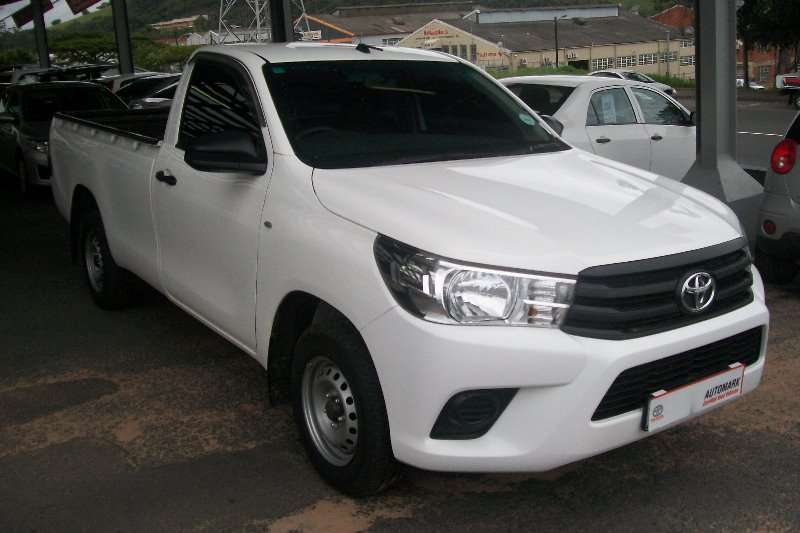 Toyota Hilux 2.0 (aircon) 2017