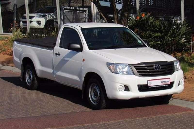 Toyota Hilux 2.0 L 2015