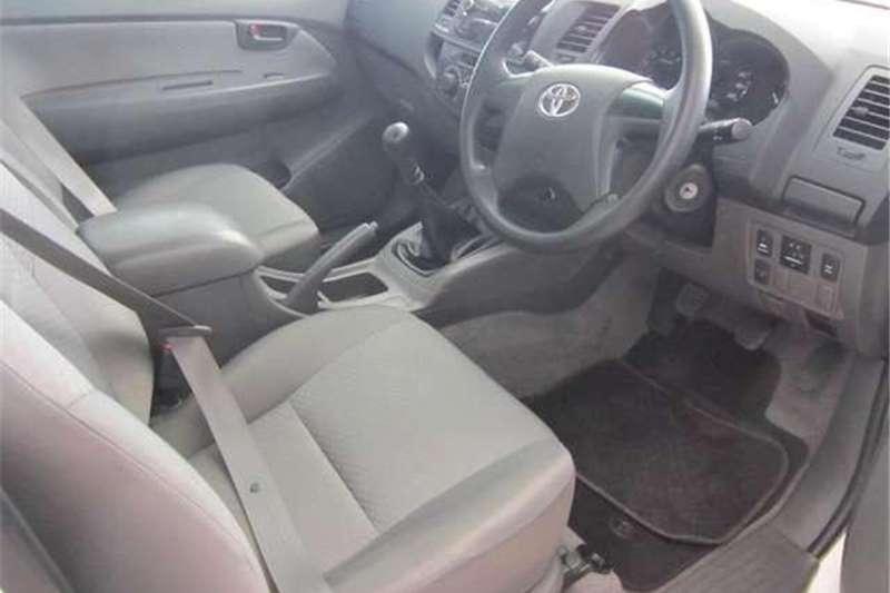 Toyota Hilux 2.5 D-4D SRX 2016