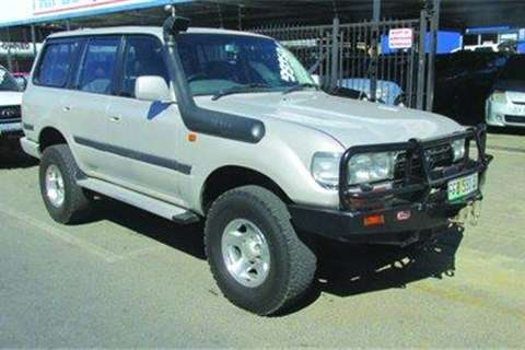 1997 toyota land cruiser vx 4wd cars for sale in gauteng on auto mart. Black Bedroom Furniture Sets. Home Design Ideas
