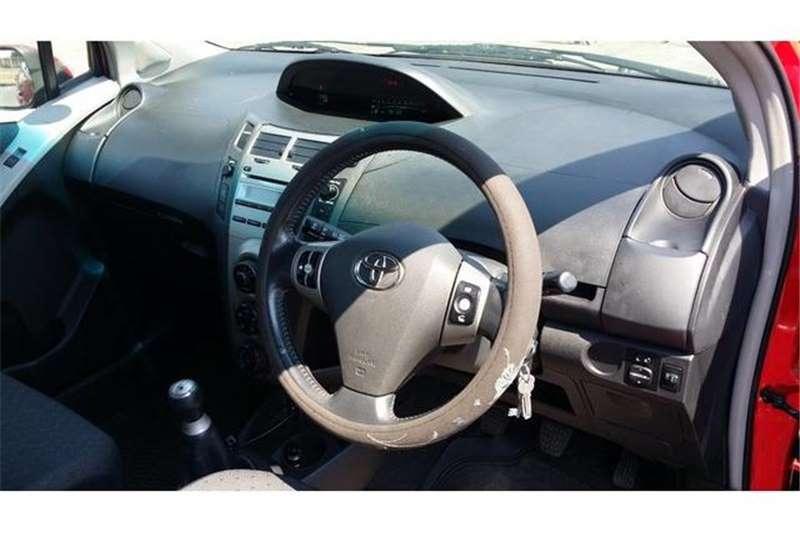 Toyota Yaris 1.3 5 door T3+ 2010
