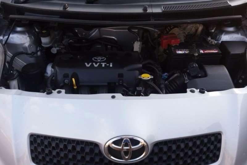 Toyota Yaris 1.3 5 door T3 Spirit 2006