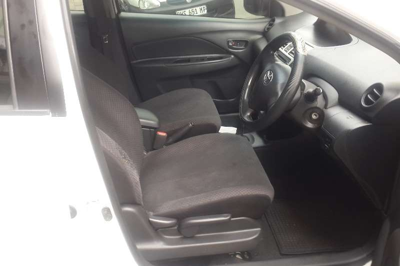 Toyota Yaris 1.3 sedan T3+ automatic 2008