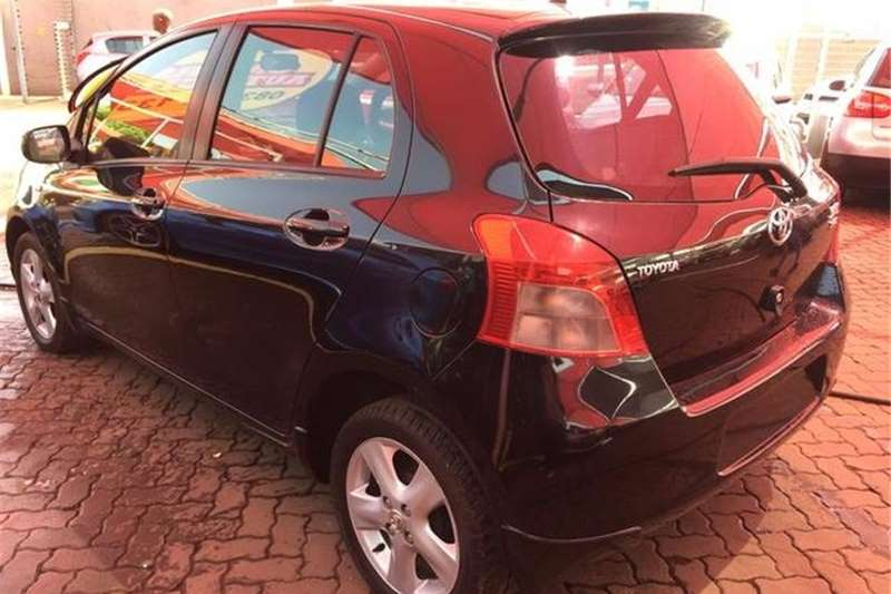 Toyota Yaris 1.3 T3 Spirit 5 Door Auto 2006