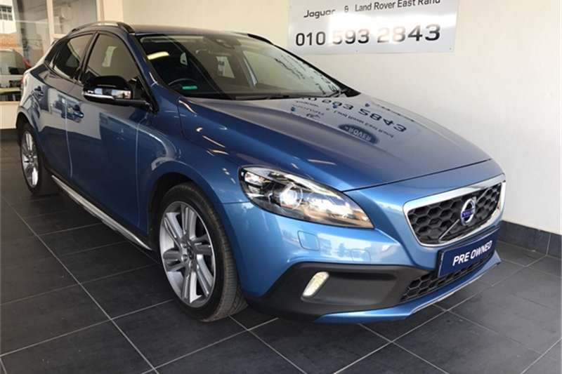 Volvo Cross Country V40 Cross Country T4 Excel auto 2014