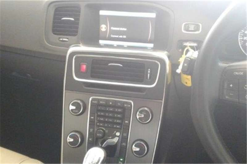 Volvo S60 T5 Excel auto 2013