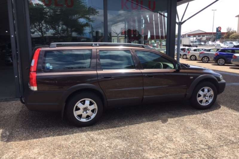 2003 volvo v70 2 5t geartronic station wagon fwd cars. Black Bedroom Furniture Sets. Home Design Ideas
