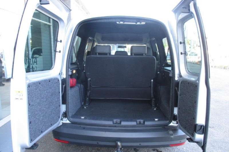 VW Caddy Maxi 2.0TDI crew bus auto 2017