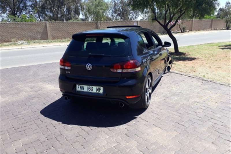 2011 vw golf 6 gti dsg cars for sale in gauteng r 180 000 on auto mart. Black Bedroom Furniture Sets. Home Design Ideas