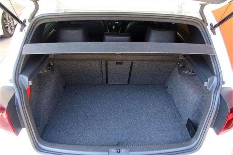 VW Golf R 2011