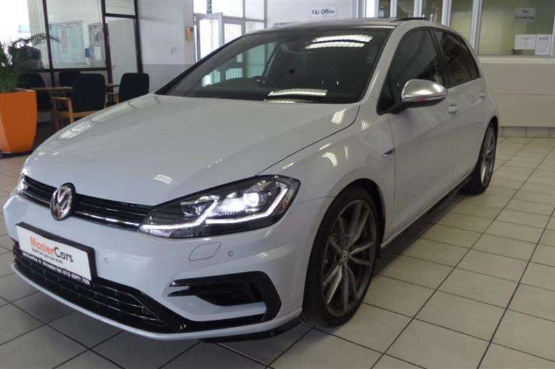 2018 vw golf r auto hatchback awd cars for sale in gauteng r 689 995 on auto mart. Black Bedroom Furniture Sets. Home Design Ideas