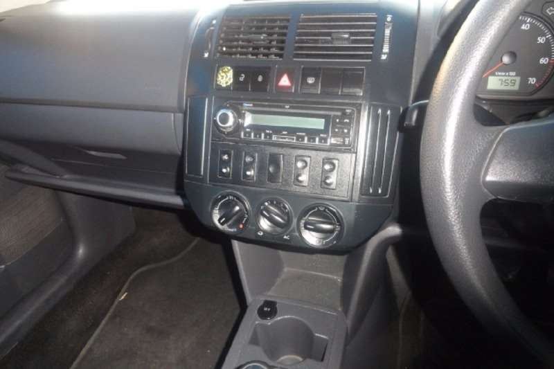 VW Polo Vivo hatch 1.4 Blueline 2012