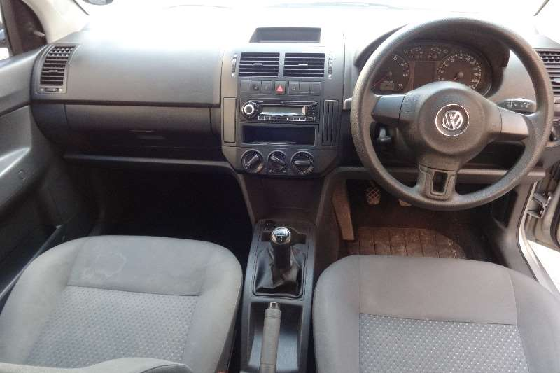 VW Polo Vivo sedan 1.4 Conceptline 2013