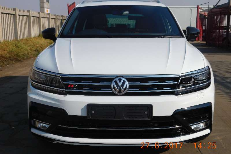 2017 vw tiguan 2 0tdi 4motion highline r line crossover suv diesel awd automatic cars. Black Bedroom Furniture Sets. Home Design Ideas