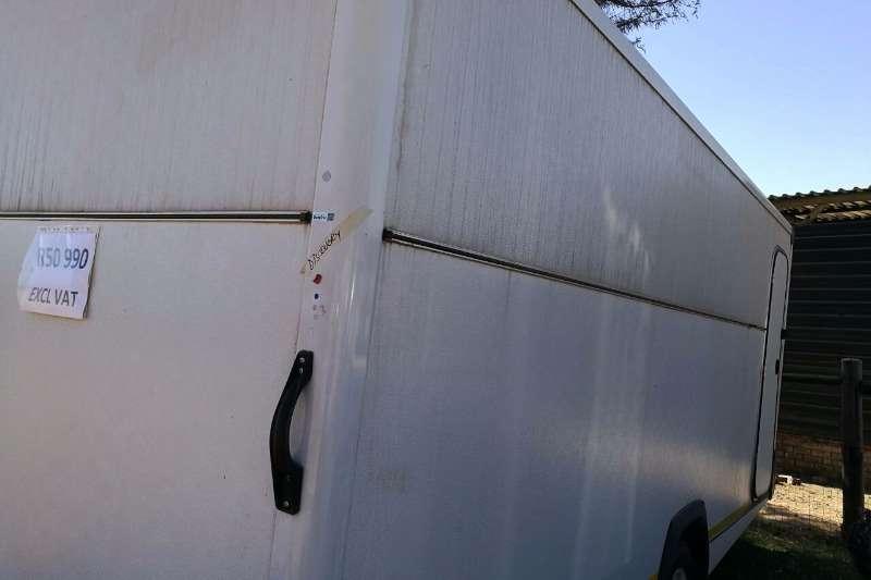 Caravan Agricultural trailers