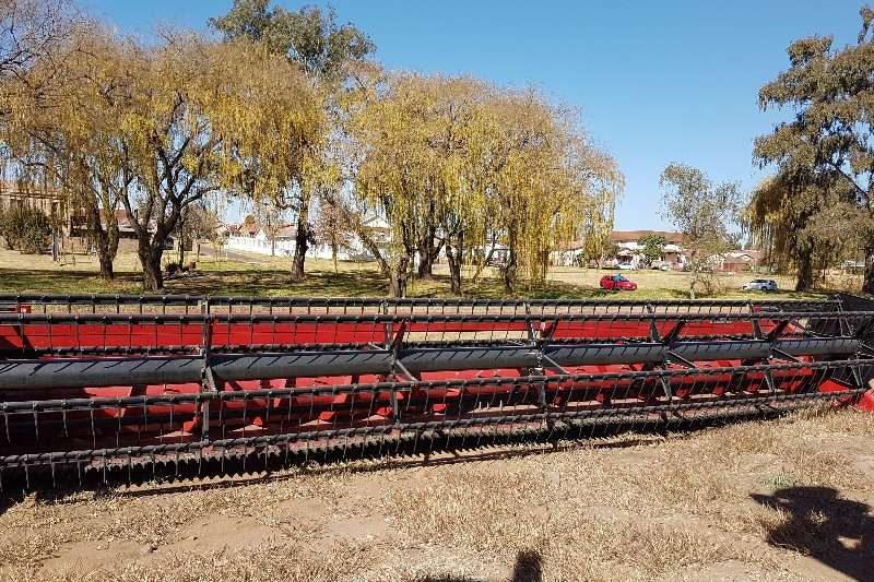Case Grain harvesters Case IH 3020 Flexi Header Combine harvesters and harvesting equipment