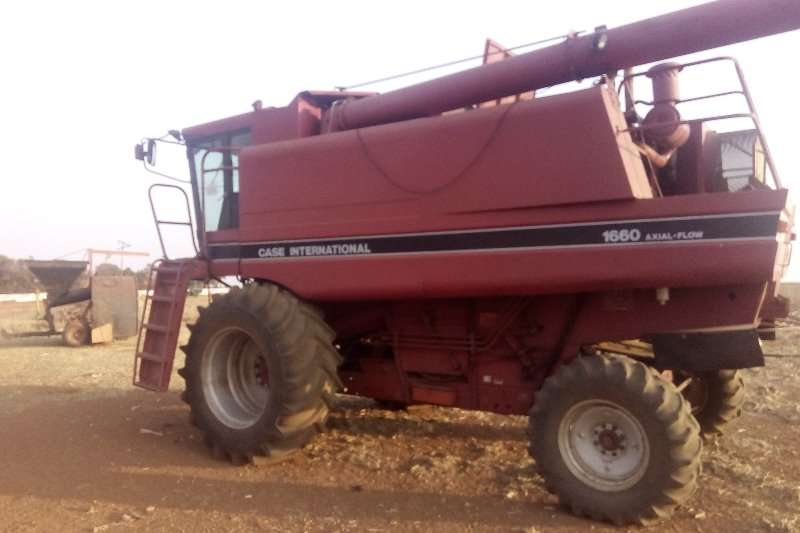 Case Grain harvesters Used Case 1680 Harvester Combine harvesters and harvesting equipment